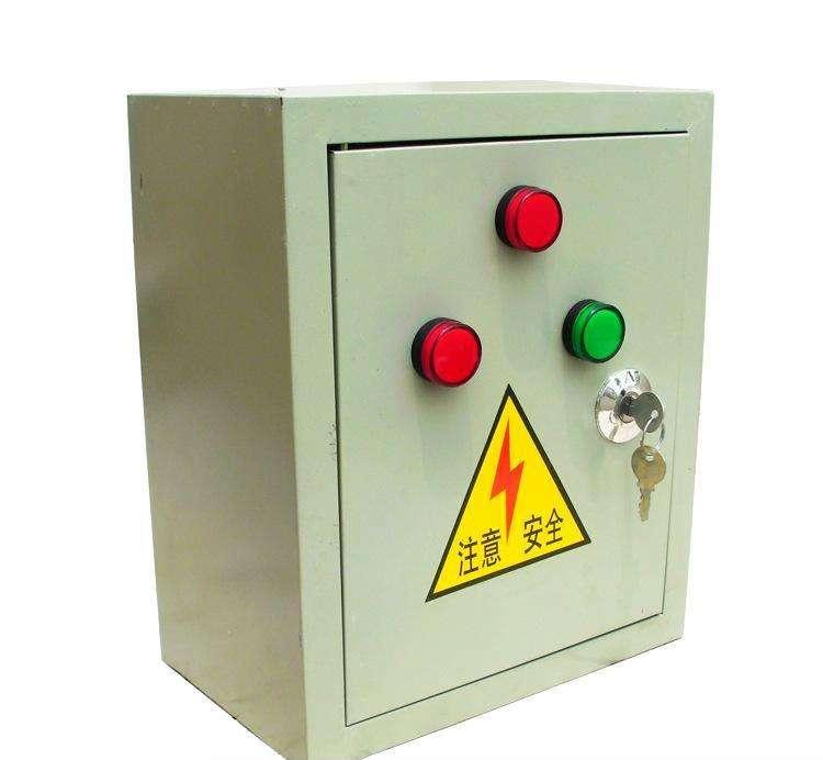 配电箱里零线接铁上就可以吗