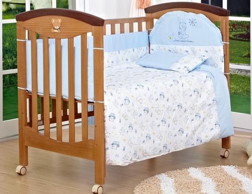 婴儿应不应该睡婴儿床